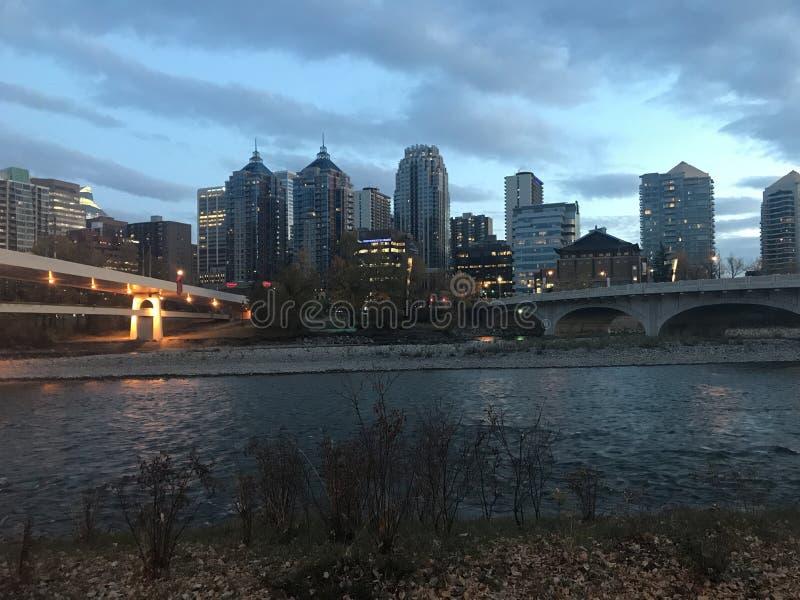 Nächtlicher Himmel Calgary lizenzfreie stockbilder