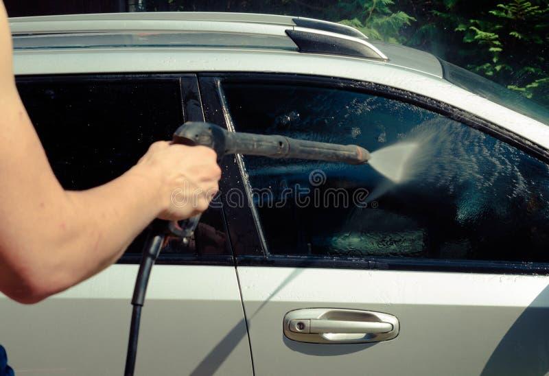 Nära övre för biltvätt royaltyfria bilder