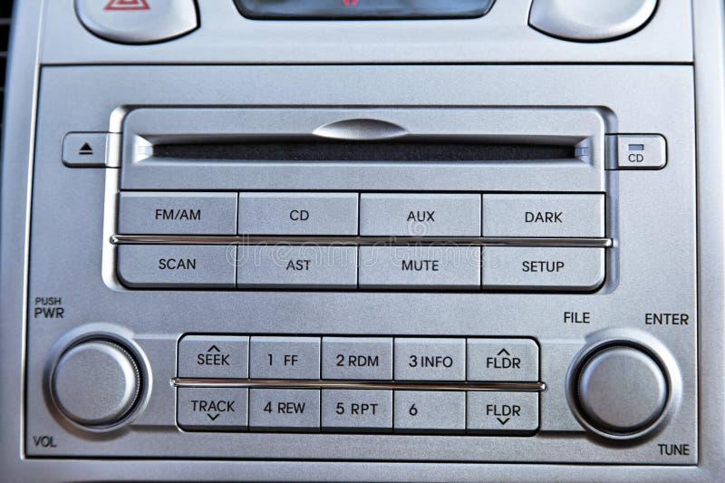 Nära övre för för bilradio + CD-spelare fotografering för bildbyråer