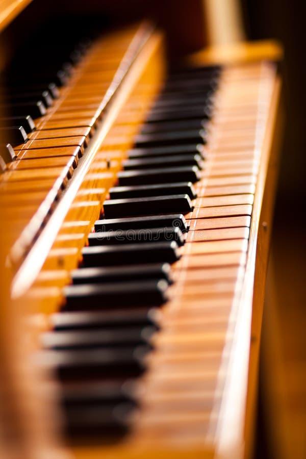 Nära övre för piano arkivbilder