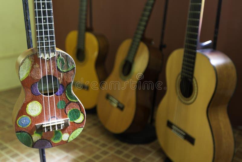 Nära övre sikt av en ukulele royaltyfri foto