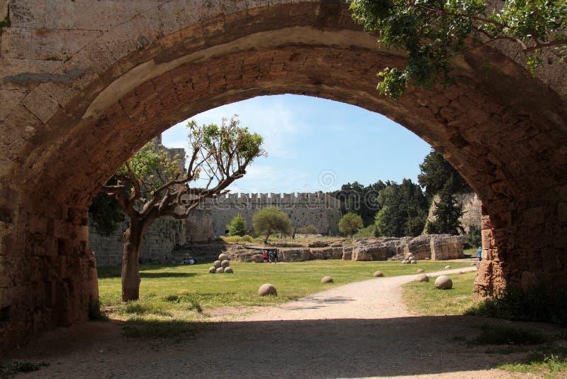 Nära fästningen av Rhodes arkivbilder