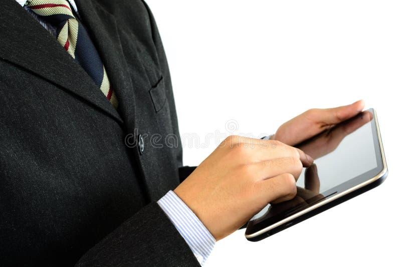 Närbild av affärsfolk som arbetar med isolerade touchpads arkivbilder