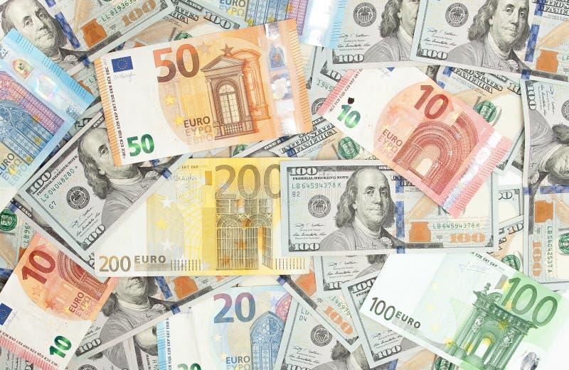 Närbild av amerikanska US dollar och euro royaltyfria foton