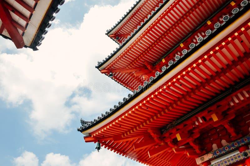 Närbild av den Kiyomizu-dera templet i Kyoto, Japan fotografering för bildbyråer