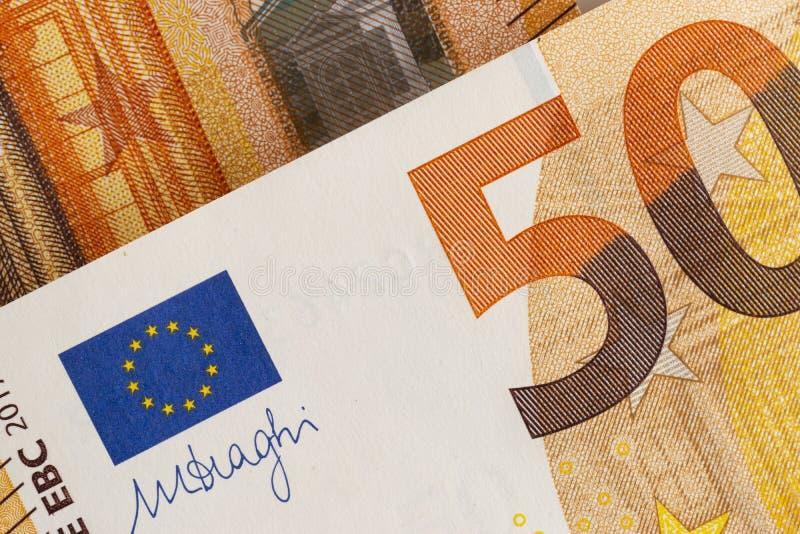Närbild av europeisk valuta - räkningar av euro 50 royaltyfria foton