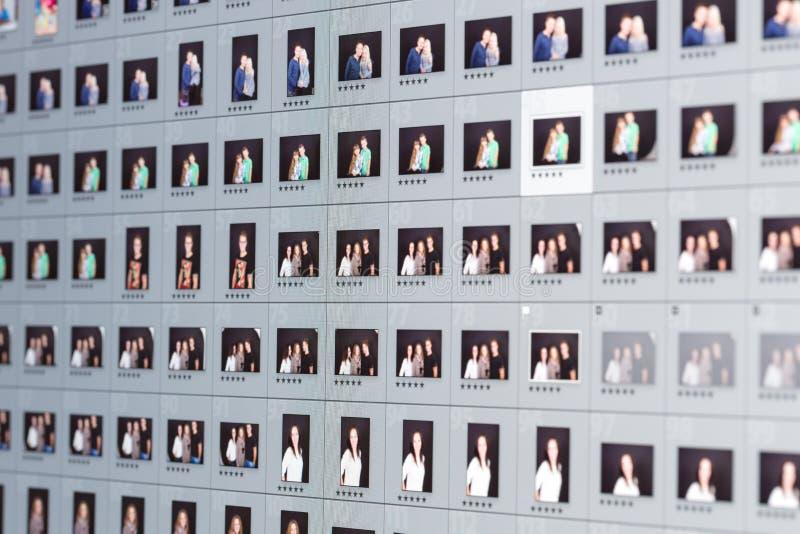Närbild av fotoet som redigerar programvara arkivfoto