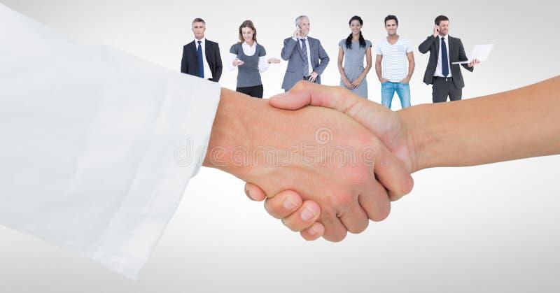 Närbild av handskakningen med folk i bakgrund royaltyfri illustrationer