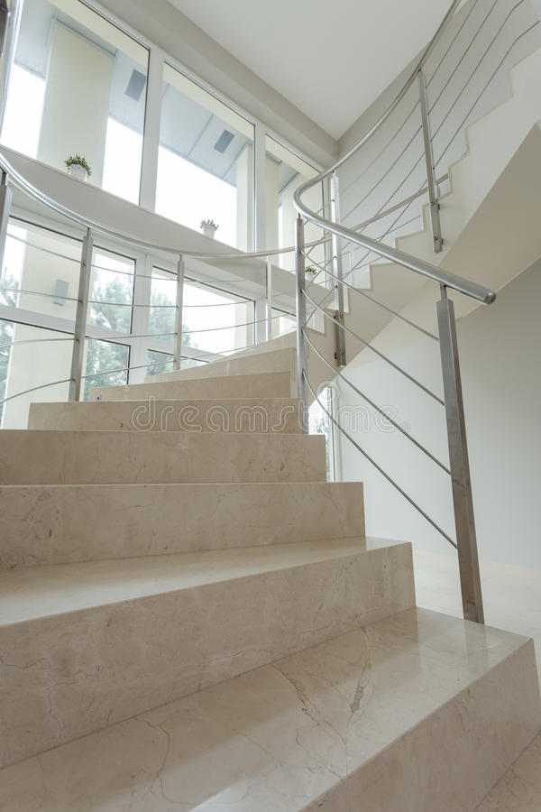 Närbild av marmortrappa arkivfoton
