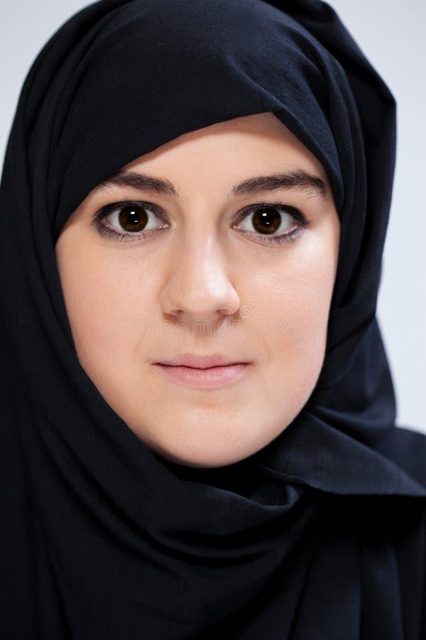 Närbild av muslimkvinnan royaltyfri bild