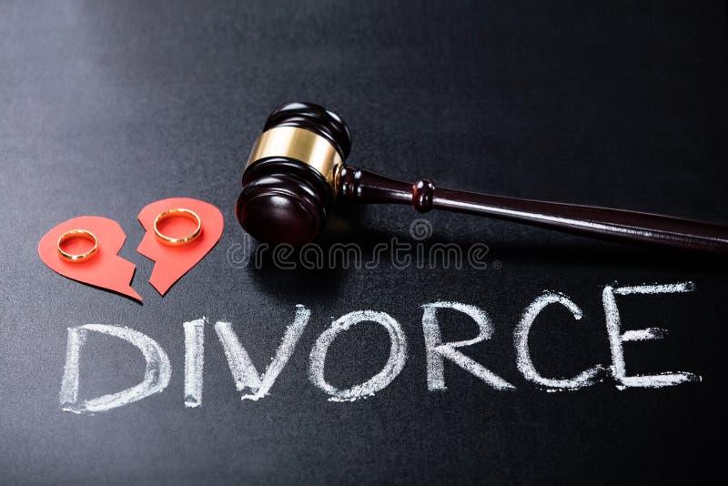 Närbild av skilsmässabegreppet royaltyfria foton