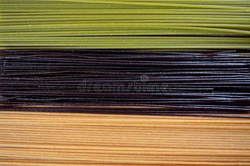 Närbild av tre slag av spagetti fotografering för bildbyråer
