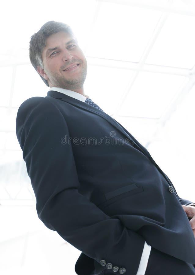 Närbild Vänlig lyckad affärsman royaltyfria foton