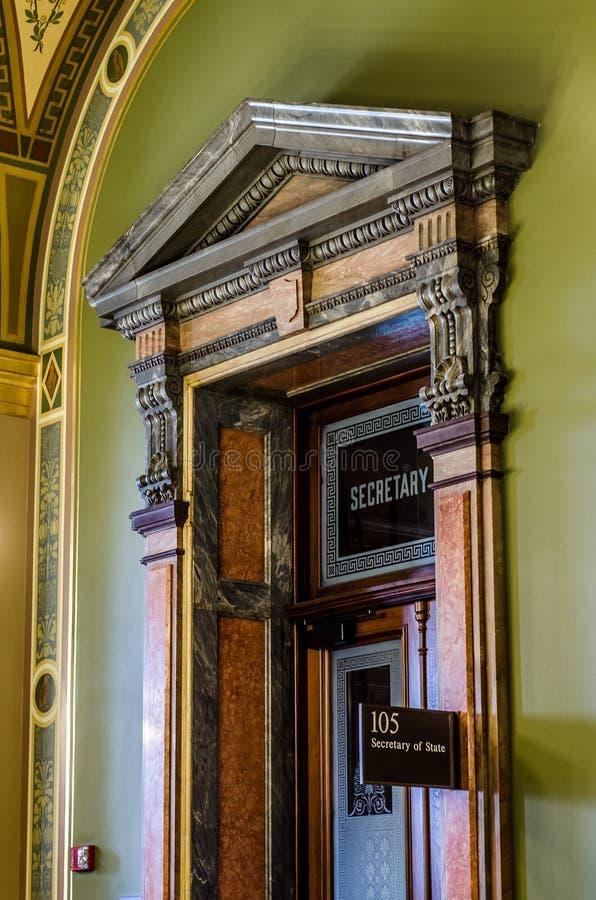 Närbilddetaljer av arkitektur, kontor för Iowa statligt Kapitoliumutrikesminister arkivbild