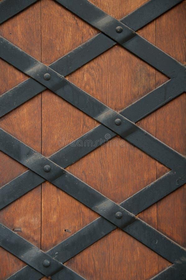 Närbilden avbildar av forntida dörrar. fotografering för bildbyråer