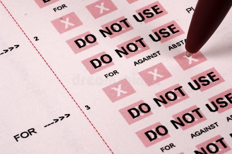 Download Närståenden röstar fotografering för bildbyråer. Bild av finans - 37261