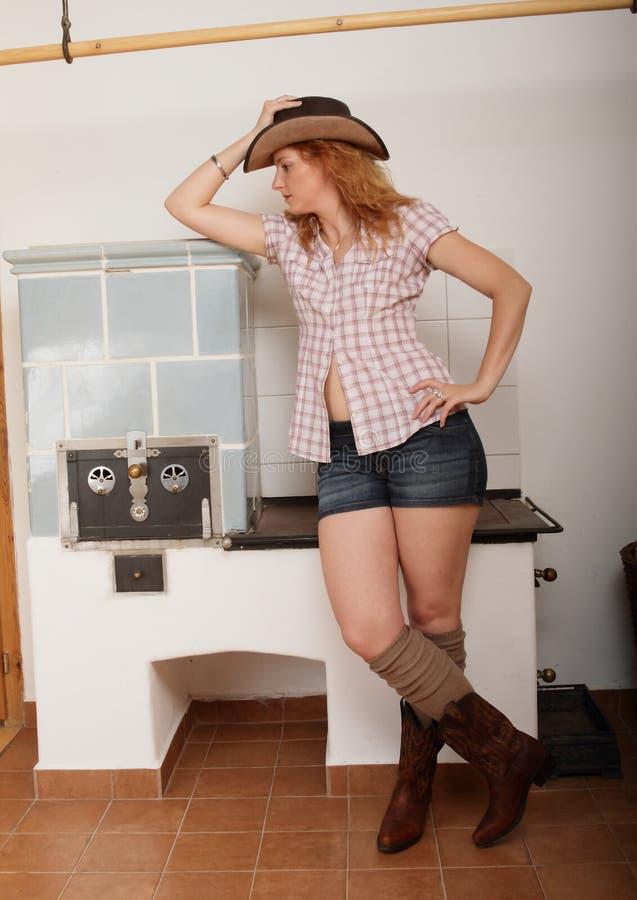 nätt för hår för flicka för konstskönhetcowboy långt skjutit model royaltyfria foton