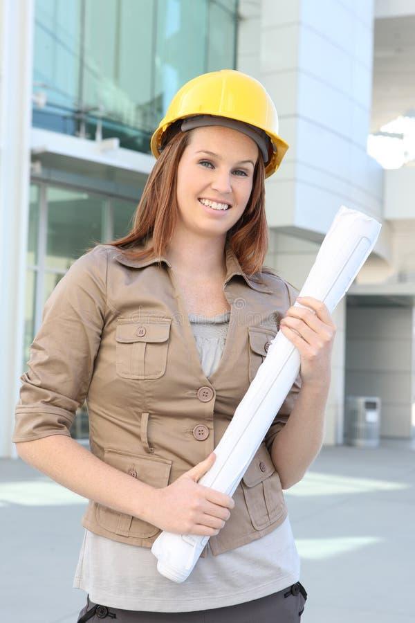 nätt kvinna för arkitektaffär arkivfoton