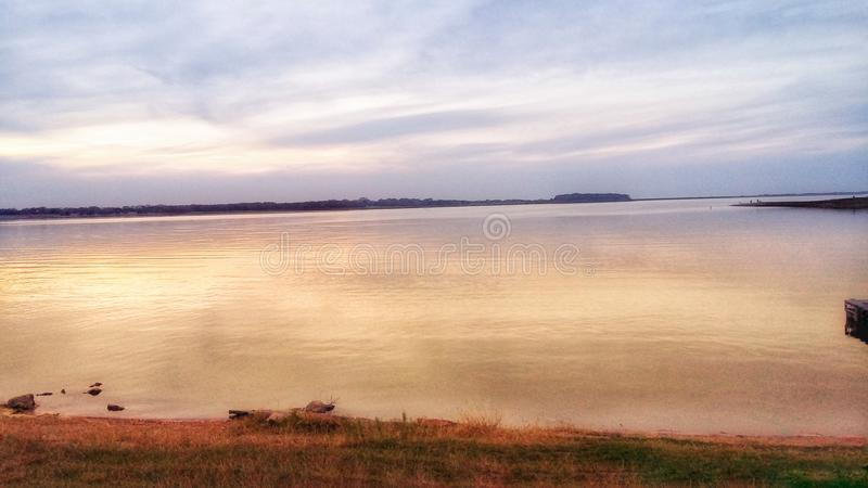 Nätt sjö arkivbild