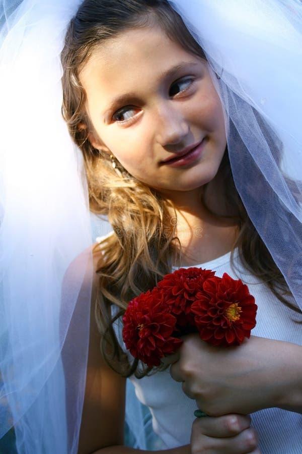 nätt slitage bröllop för klänningflicka arkivfoton