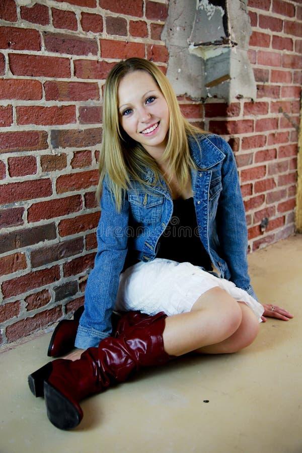 nätt tonåring för flicka royaltyfri fotografi