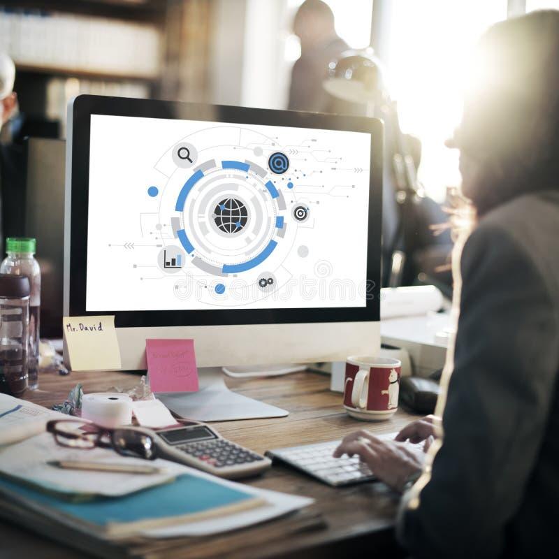 Nätverkande för den globala kommunikationen förbinder begrepp royaltyfri bild
