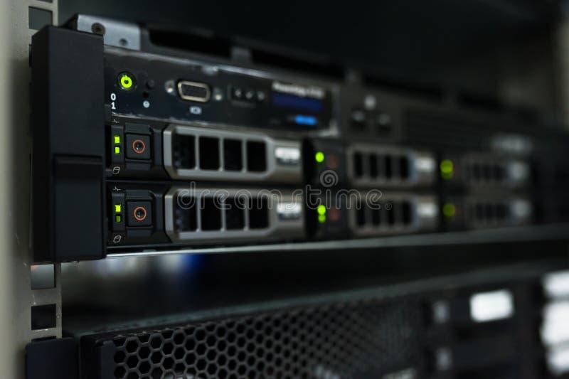 Nätverksserveror arkivbilder