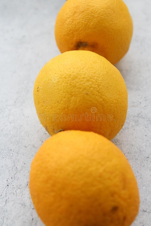Några nya citroner royaltyfri bild