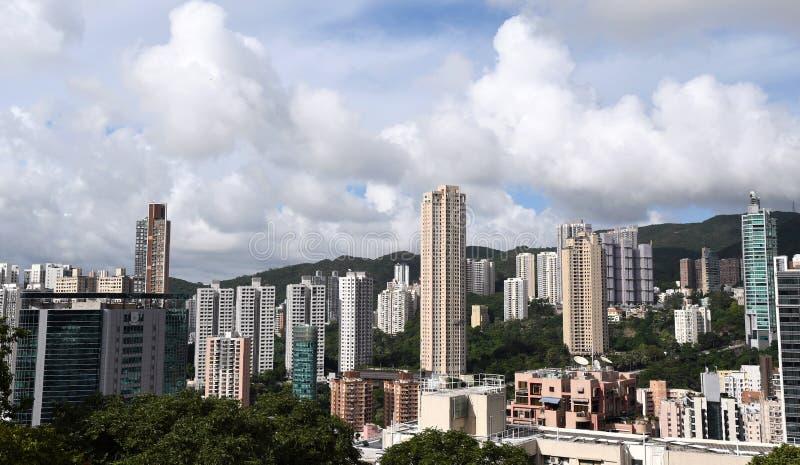 Níveis meados de, área residencial afluente em Hong Kong imagem de stock royalty free