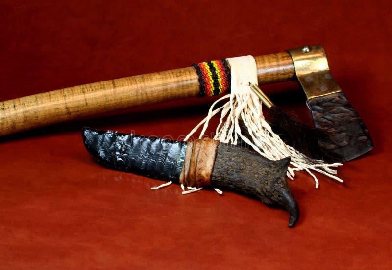 Nóż i Tomahawk obrazy royalty free