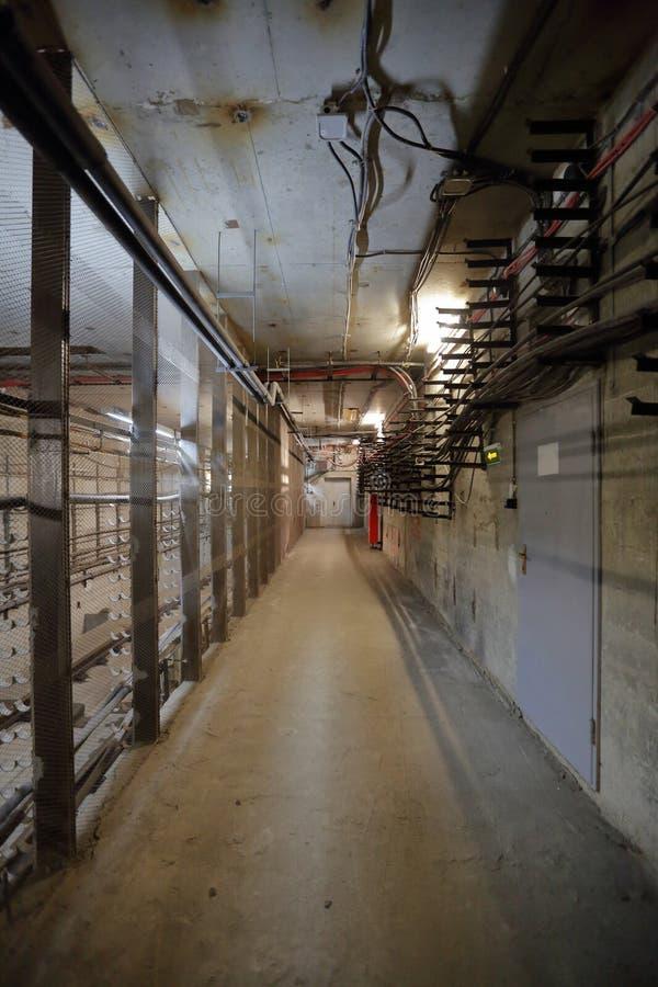 N?d- korridor i tunnelen royaltyfri fotografi