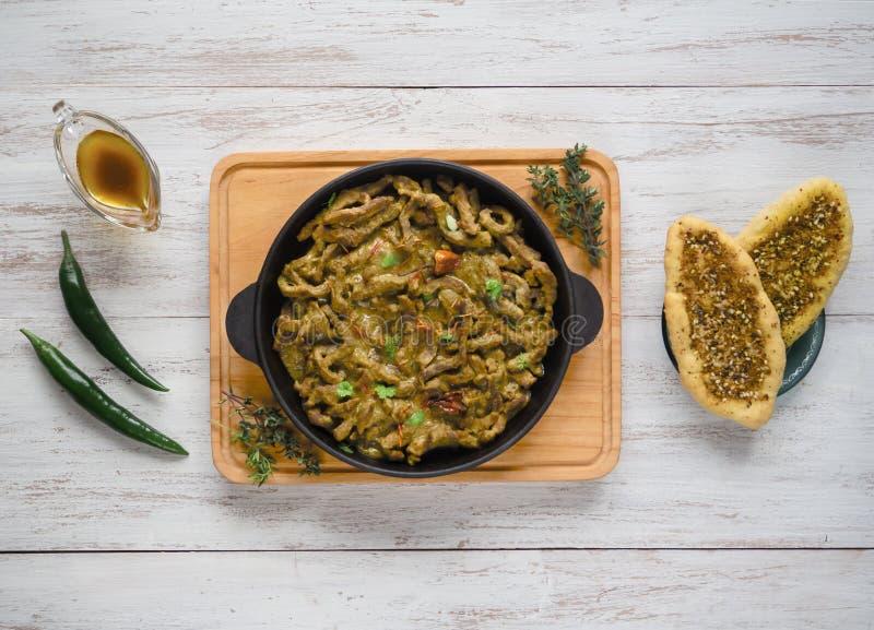 NötköttMasala curry Curry för Kerala stilkött royaltyfria foton