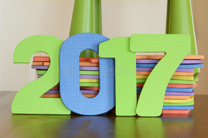 Número 2017 de brinquedos lisos coloridos da espuma imagens de stock