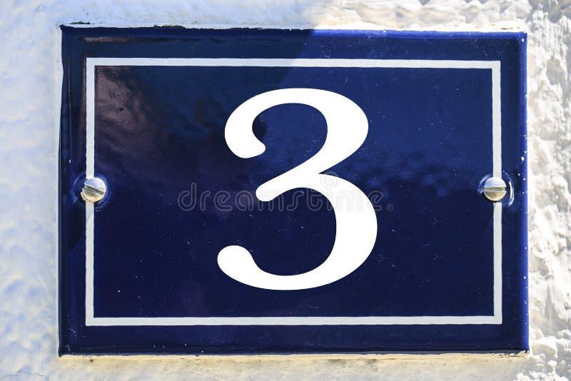 Número de casa en color azul foto de archivo libre de regalías