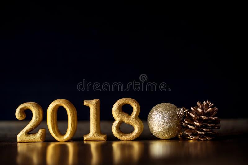 Número de oro 2018 puesto en el CCB elegante oscuro del tono de la noche del encanto foto de archivo
