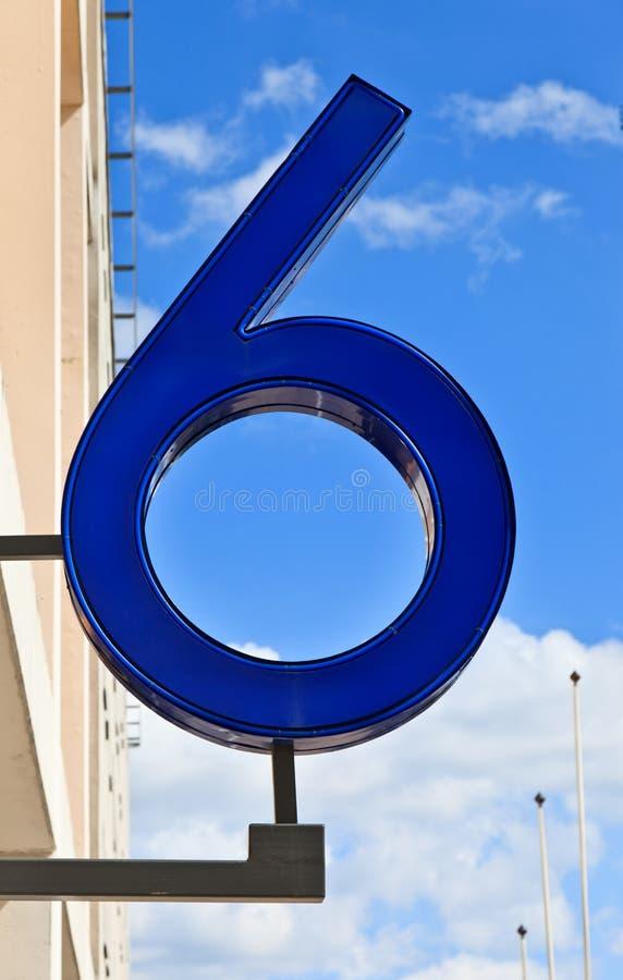 Número seises en el cielo imágenes de archivo libres de regalías