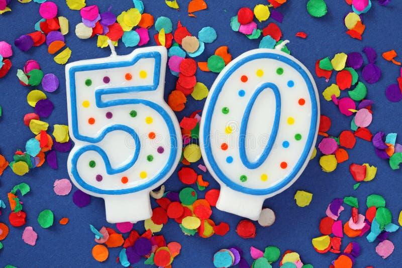 Número vela de cincuenta cumpleaños fotos de archivo