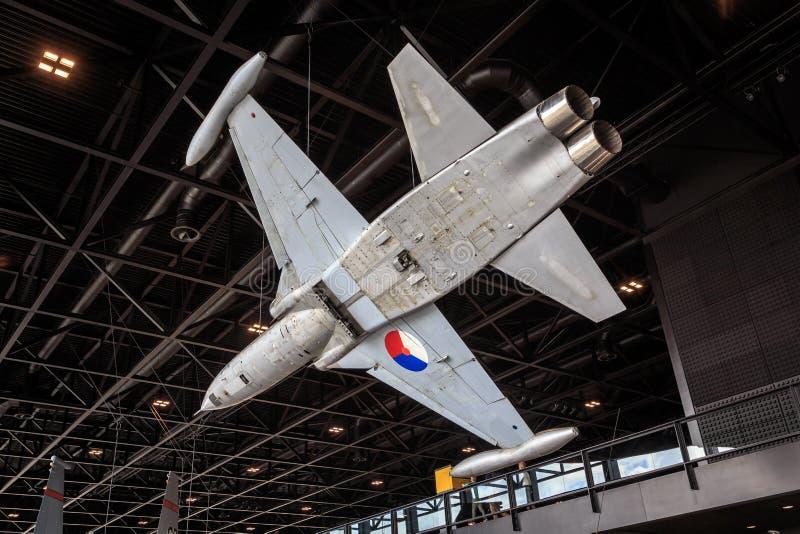 N-F-5 straal in museum stock foto's
