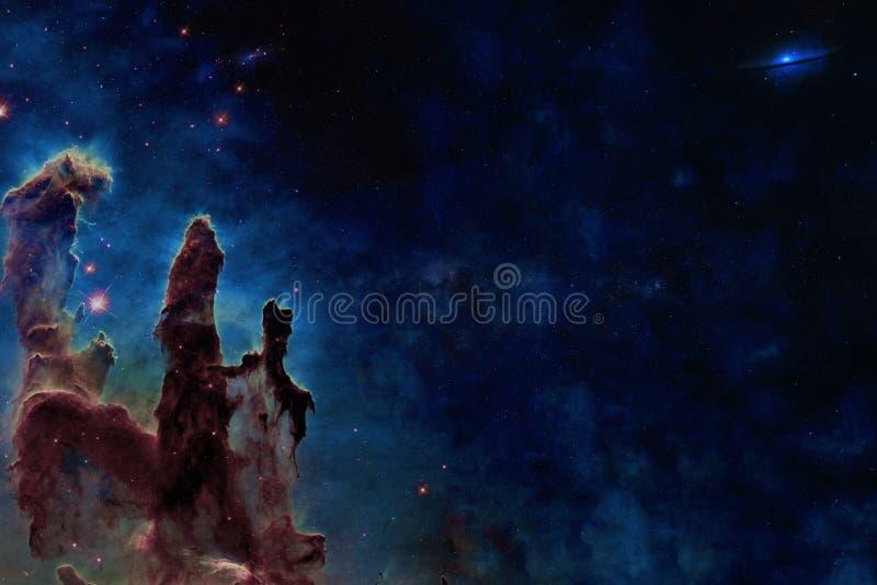 N?gonstans i avst?nd Pelare av skapelsen Best?ndsdelar av denna bild m?blerades av NASA royaltyfria bilder