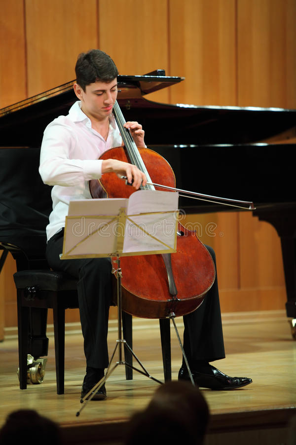 Download N.Hakhnazaryan Plays On Stradivari Cello Editorial Stock Image - Image: 20697759