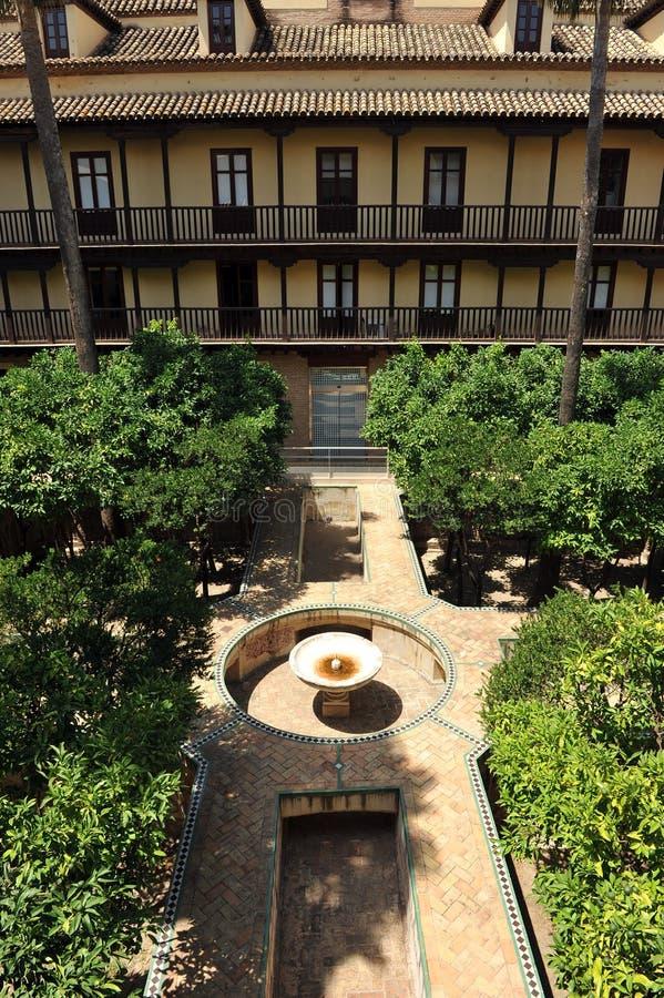 ³ n, palazzo di Casa de la Contratacià di alcazar in Siviglia, Spagna fotografia stock libera da diritti