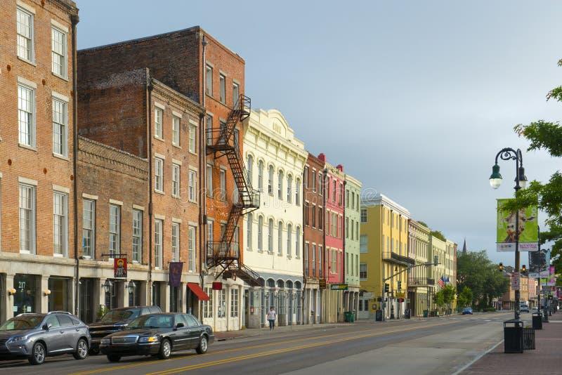 N Peters Street no bairro francês, Nova Orleães fotos de stock