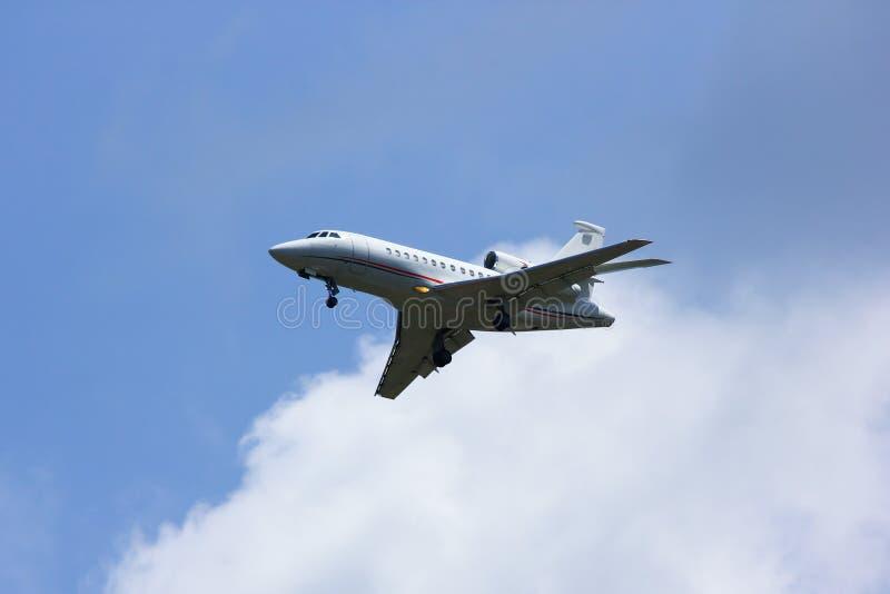 N28VL Sportvliegtuig, de Valk 900EX van Dassault stock foto's