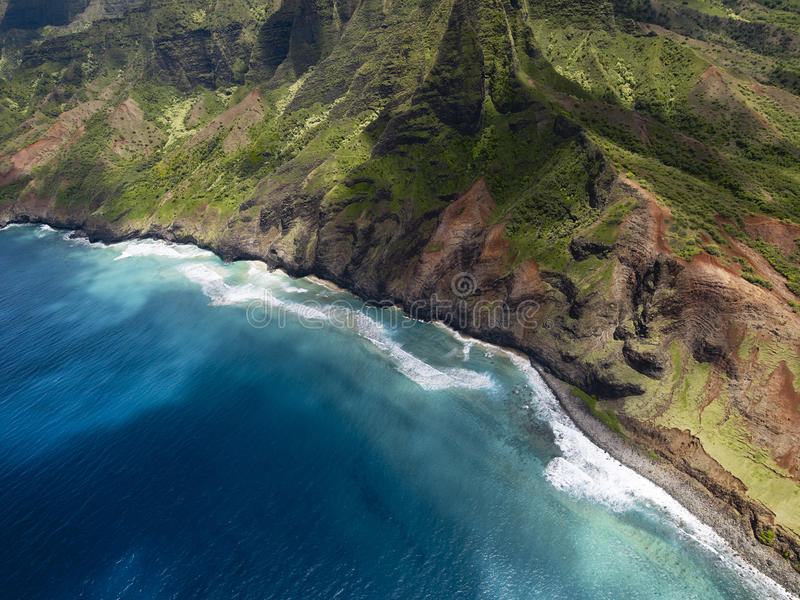 Na梵语海岸鸟瞰图在考艾岛海岛,夏威夷上的 图库摄影