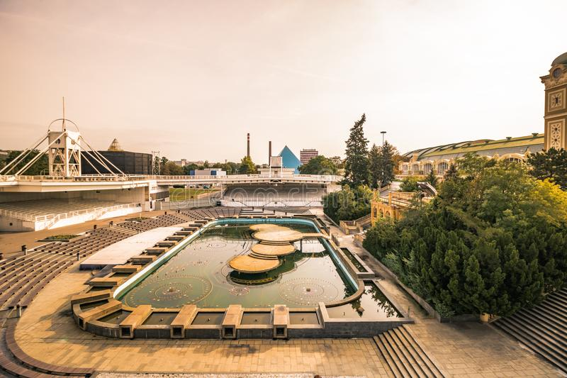 Na ¡ fontà Ãkova ¾ KÅ™iÅ фонтана Krizik в Праге, чехии стоковое фото rf