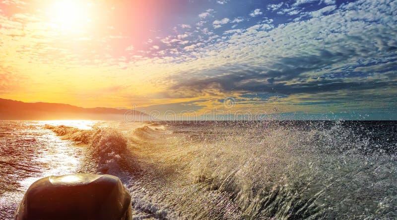Na łodzi motorowa zdjęcie stock