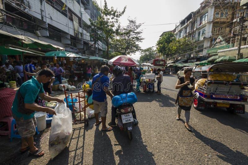 Na Bangkok ulicznym rynku obrazy stock