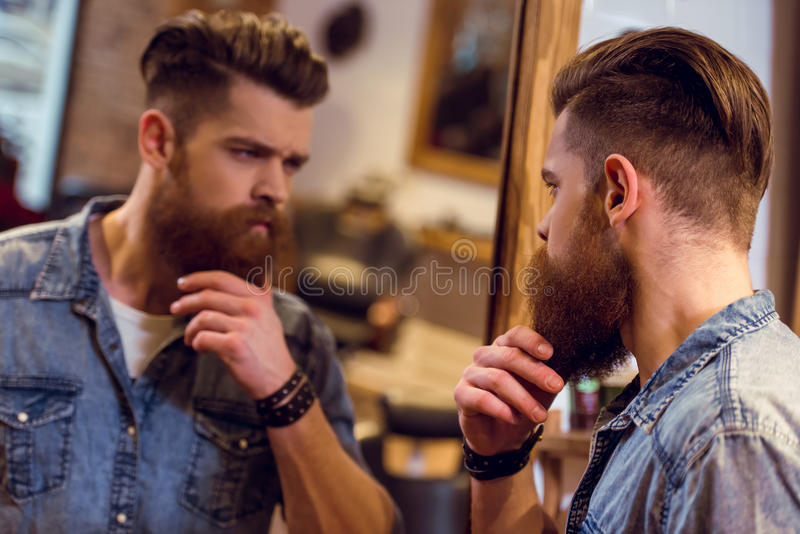 Na barbearia imagens de stock royalty free