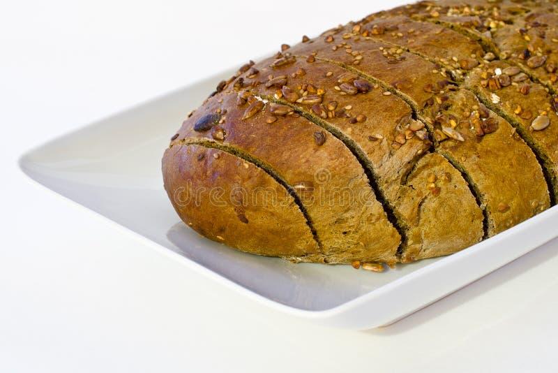 Na biały tle całka chleb obraz royalty free