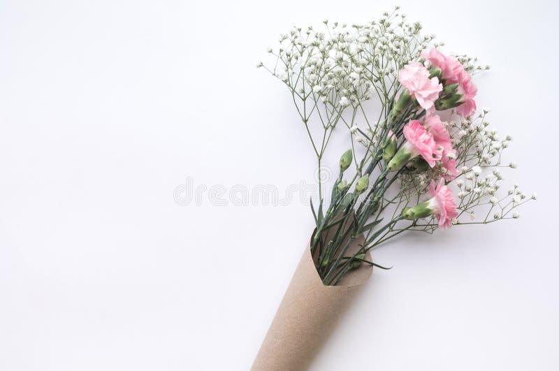 Na biały tle kwiatu piękny bukiet Miłość, romans, obrazy royalty free